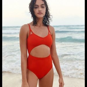 New Urban Outfitters Maillot One Piece B-264